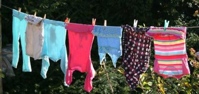 b_400_300_16777215_00_images_Washing-line-cropped.jpg
